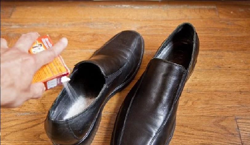 un seul ingr dient et vous d barrassez de l 39 odeur d sagr able des chaussures pour toujours. Black Bedroom Furniture Sets. Home Design Ideas