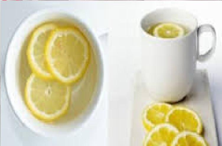 ils vous ont dit que boire de l 39 eau chaude avec du citron tait bon mais ils ne vous ont pas. Black Bedroom Furniture Sets. Home Design Ideas