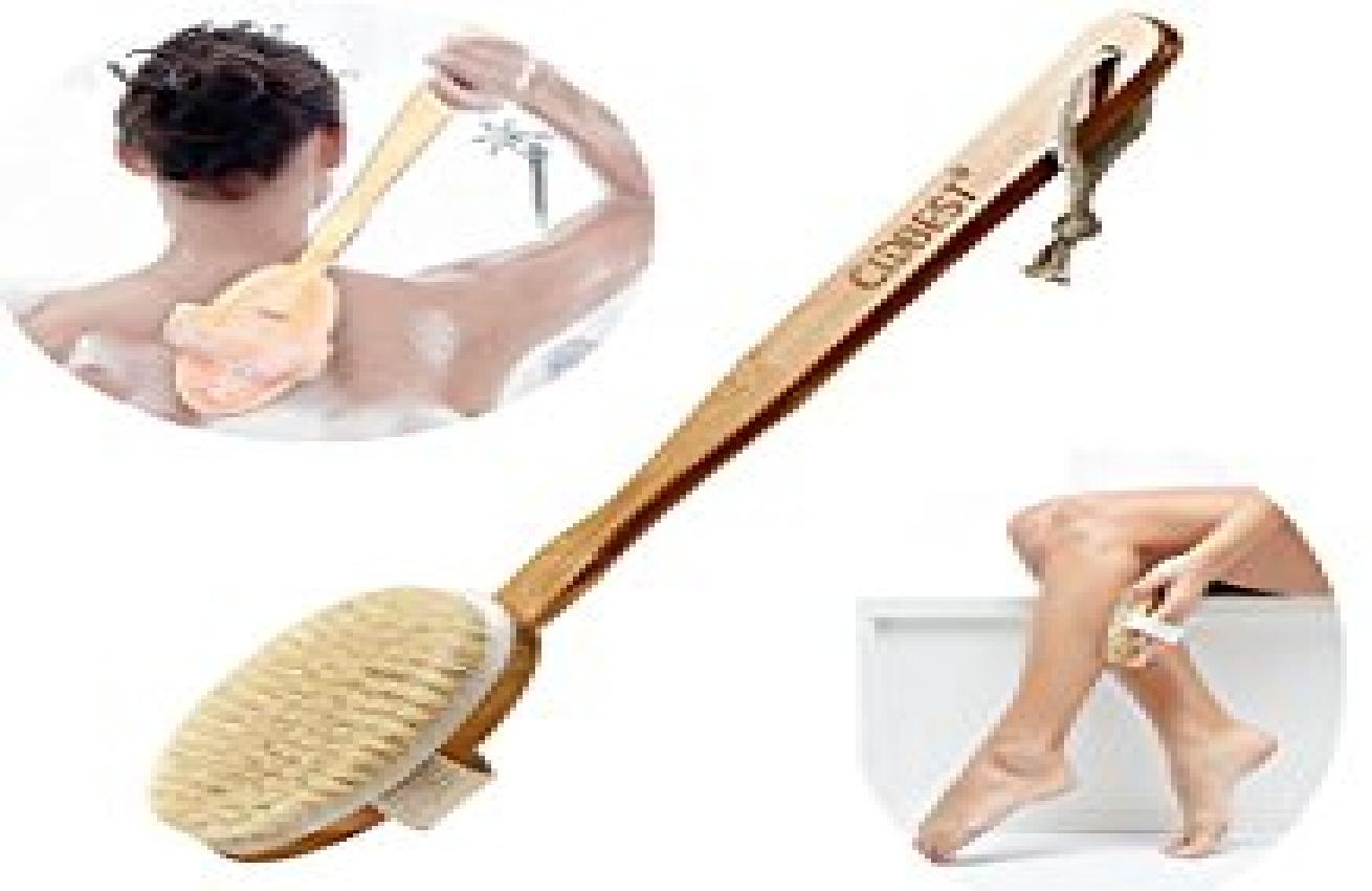 est-ce que vous enveloppez vos cheveux dans une serviette lorsque vous sortez de la douche. vous faites une grosse erreur!