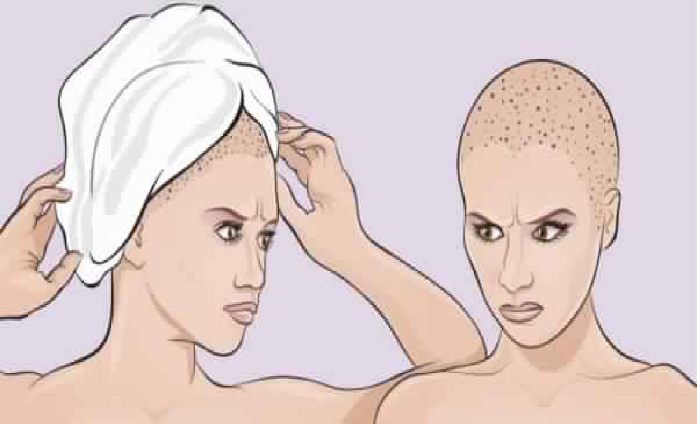 est-ce que vous enveloppez vos cheveux dans une serviette lorsque vous sortez de la douche. vous faites une grosse erreur