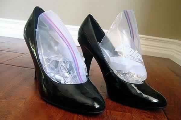 voici comment étendre vos chaussures serrées, tout ce que vous devez savoir c'est ce truc de Genius