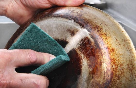 nettoyer gaziniere plaque cuisson4